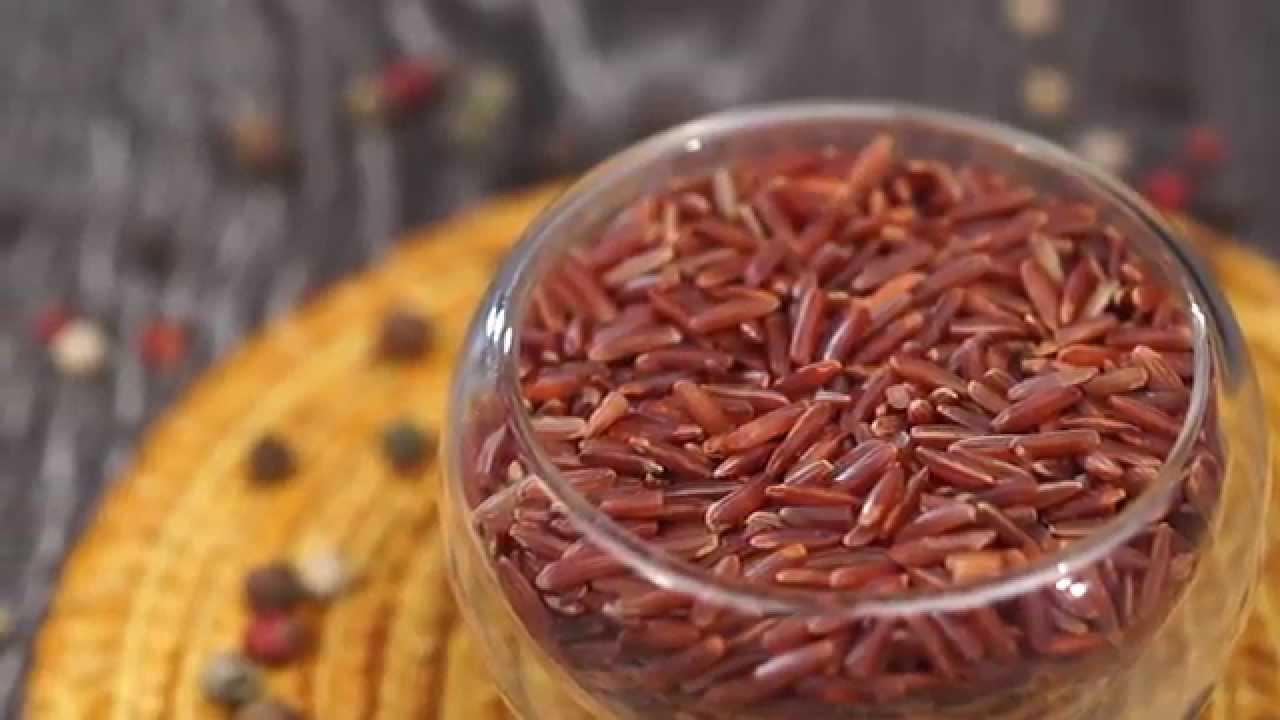 бурый рис для очищения сухой и нормальной кожи